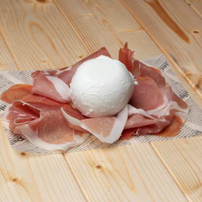 Buffalo Mozzarella e Parma